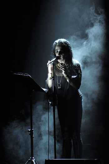 http://www.laetitiagessler.com/files/gimgs/th-12_Diamanda-Galas1.jpg